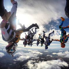 Lost in the moment. #skydiving #cloudporn #lodisequentials