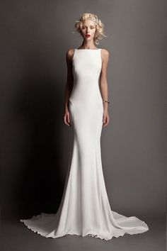 """Wedding Dresses Simple Elegant Classy If you are a bride that wants a simple, but gorgeous wedding gown, then consider looking for wedding dresses that live up to the theory """"Less is MoreR… Elegant Dresses, Pretty Dresses, Elegant Gown, Simple Dresses, Bridal Gowns, Wedding Gowns, Wedding Ceremony, Reception Gown, 2015 Wedding Dresses"""