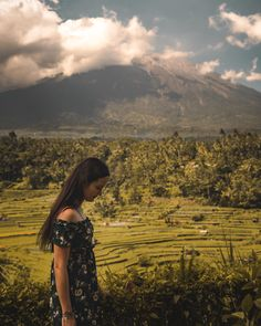 A travel Bali route guide. This Bali route will guide you on how to visit all the highlights and most beautiful locations on Bali. White River Rafting, Uluwatu Temple, Gili Island, Rainy Season, Bali Travel, Top Of The World, Ubud, Amazing Destinations, Beach Day