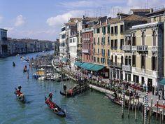 Italia, Venezia, Canal Grande  - Fotografo - STAMPA SU TELA € 18,15