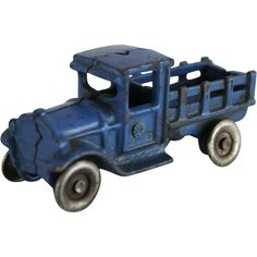 Little Truck, Toy 2, Pedal Cars, Tin Toys, Classic Toys, Fishing Lures, Good Old, Vintage Toys, Diecast