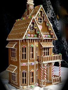 Ultimate+Gingerbread+Houses | The best gingerbread houses you have ever seen - Ginger mansion ...