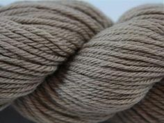 Get 36% off Cascade 220 Superwash Sport yarn in Extra Creme Cafe. This 100% Superwash Merino Wool yarn comes in #3 DK weight and a color that's as versatile as the yarn is soft. Click: http://www.craftsy.com/ext/20120827_Pin2