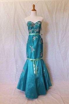 NIGHT MOVES  Brand New Beaded and Embroidered 1930's Style Mermaid Gown Size M #NightMoves #mermaid #Formal