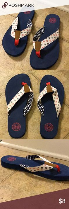 Anchor Flip Flops ~Anchor detail on exterior thong, with polka dots interior ~Cushy sole (will form to feet) ~Slight wedge SO Shoes Sandals