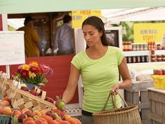 The Pros Reveal: How to Shop at the Farmers' Market http://www.ivillage.com/9-tips-smart-farmers-market-shopping/3-b-156242#156248