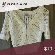 Old Navy Crochet Shrug Cream colored crochet shrug. Old Navy Sweaters Shrugs & Ponchos