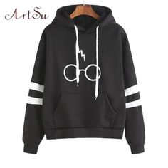 """Sleeve Length: Full Clothing Length: Regular Type: Pullovers Hooded: Yes Weight: 380g Item Type: Sweatshirts Size Chart in cm (inches): S: Bust – 94 (37""""), S"""