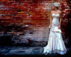 Brick photography - bride photoshoot against red brick wall Chic Wedding, Wedding Tips, Wedding Photos, Wedding Day, Amazing Photography, Wedding Photography, Digital Photography, Photography Ideas, Bridal Photoshoot