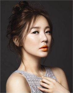 "❤""Yoon Eun Hye""❤🍀💋🌿🇰🇷Korean actresses are very much talked about in many countries not only because of their distinct fashion styles but also because of their beautiful faces. Asian Makeup, Korean Makeup, Korean Beauty, Asian Beauty, Yoon Eun Hye, Orange Lipstick, Orange Makeup, Mac Lipstick, Beautiful Asian Girls"