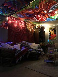 Room Design Bedroom, Room Ideas Bedroom, Grunge Bedroom, Hangout Room, Hippy Room, Indie Room Decor, Chill Room, Neon Room, Retro Room