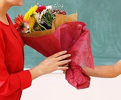 Цветы учителям на выпускной