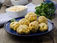 Semmelknödel Bread Dumplings Recipes, Dumpling Recipe, Vegan Vegetarian, Vegetarian Recipes, Cooking Recipes, Veggie Recipes, Chicken Recipes, Veggie Food, Austrian Cuisine