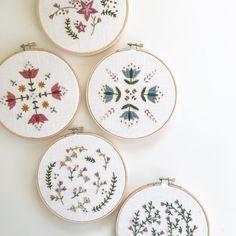 "Gefällt 424 Mal, 12 Kommentare - Urbann Nest (@urbannnest) auf Instagram: ""All the newbies #embroideryart #hoopart #needleart #needlecraft #handembroidery #modernboho…"""
