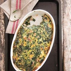 In Januarie moet jy kreatief werk ná die oordaad van Kersfees. Quiche Recipes, Tart Recipes, Cooking Recipes, Yummy Recipes, Oven Chicken Recipes, Dutch Oven Recipes, South African Recipes, Ethnic Recipes, Spinach Quiche
