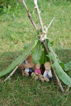 …brauchen natürlich auch die Puppen eine adäquate Unterkunft.