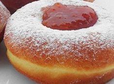 Szalagos farsangi fánk recept I. Pastry Recipes, Cake Recipes, Dessert Recipes, Cooking Recipes, Hungarian Desserts, Hungarian Recipes, Doughnut Bun, Cheesecake Pops, Bread And Pastries