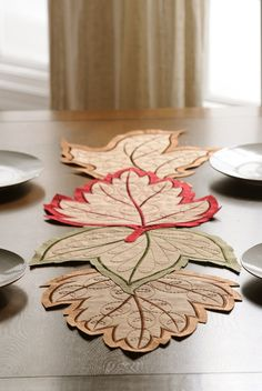 Harvest Leaf Table Runner from Kirkland's Felt Crafts, Fabric Crafts, Sewing Crafts, Diy And Crafts, Table Runner And Placemats, Quilted Table Runners, Quilting Projects, Sewing Projects, Projects To Try