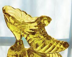 Fenton Cat Slipper in Buttercup Gold Glass, My Glass, Glass Art, Ceramic Shoes, Glass Ceramic, Glass Shoes, Thing 1, Indiana Glass, Fenton Glass