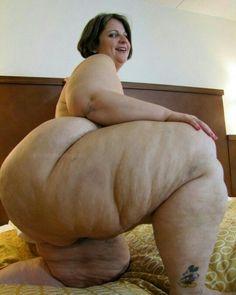 Nude super aunty