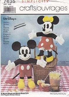 Minnie Mouse Doll, Mickey Mouse, Walt Disney Company, Doll Patterns, Cool Things To Make, Christmas Patterns, Dolls, Disney Characters, Unique