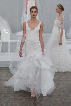 Monique Lhuillier vestido de novia colección Primavera 2015.