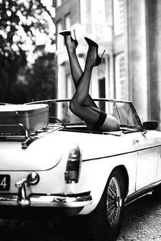 Stockings Lingerie Nylons Pin-up Girls Car Girls, Pin Up Girls, Helmut Newton, Black N White, Beautiful Legs, Belle Photo, Black And White Photography, Sexy Legs, Photoshoot