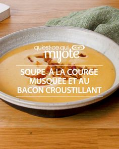 Butternut squash and crispy bacon soup Creamy, comforting, heat - merely fantastic. Nothing matches this butternut squash soup topped with bacon. Appetizer Recipes, Soup Recipes, Cooking Recipes, Cake Recipes, Ricardo Recipe, Bacon Soup, Pregnancy Nutrition, Organic Fruit, Butternut Squash Soup
