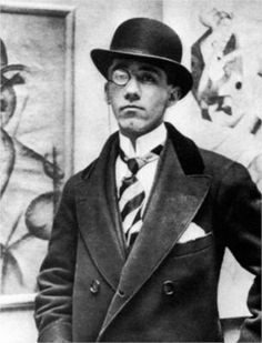 Gino Severini (7 April 1883 – 26 February 1966) was an Italian painter and a leading member of the Futurist movement. Gino Severini in 1913 at the opening night of his exhibition at the Marlborough Gallery, London.