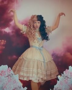 Melanie Martinez Dress, Celebrity Outfits, Celebrity Clothing, Mealine Martinez, Halloween Dress, Queen, Cry Baby, Celebs, Celebrities