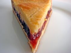 :pastry studio: Gâteau Basque Basque Cake, Basque Food, Gateau Basque Recipe, Nutella, Cherry Recipes, Pastel, Macaron, Desert Recipes, Cake Recipes