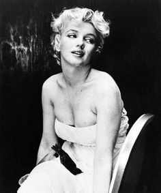 Cecil Beaton - Marilyn Monroe Photos on ThisIsMarilyn.