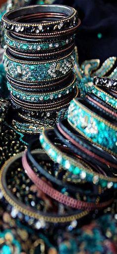 turquoise bangles bracelets ♥✤ | KeepSmiling | BeStayBeautiful