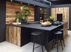 Kitchen Room Design, Luxury Kitchen Design, Outdoor Kitchen Design, Home Decor Kitchen, Interior Design Kitchen, Kitchen Dining, Kitchen Cabinets, Black Kitchens, Modern Kitchens