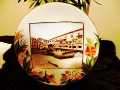 I gave it for my best friend. Her honeymoon has traveled there, Italy. I draw it though, I've never gone there lol.