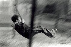 Capture motion/ or Freeze action    Panning#Boyonswing