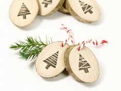 Geschenkanhänger - 10 Geschenkanhänger - Weihnachtsbäume - ein Designerstück von Ringelspatz bei DaWanda
