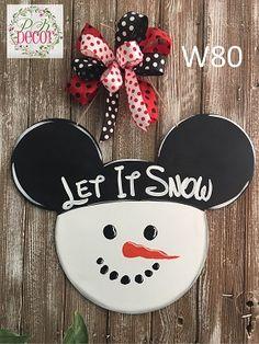 Mickey Mouse Ears Snowman Wood Door Hanger Mickey Mouse Ears Snowman Let It Snow Winter Wall Decor Disney Christmas Crafts, Disney Diy Crafts, Mickey Mouse Christmas, Disney Ornaments, Christmas Crafts For Kids To Make, Disney Home Decor, Diy Christmas Ornaments, Mickey Craft, Mickey Mouse Wreath
