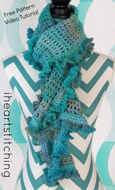 New Spring Ruffle Crochet Scarf Tutorial Crochet Scarf Tutorial, Crochet Ruffle Scarf, Crochet Scarves, Crochet Shawl, Crochet Hooks, Free Crochet, Knit Crochet, Crochet Tutorials, Crochet Clothes