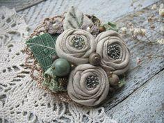 Fabric boho brooch #handmade #craft #art #design /  Текстильная бохо-брошь «Очарование» — работа дня на Ярмарке Мастеров.  Узнать цену и купить: http://www.livemaster.ru/magestik