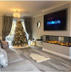 [New] The 10 All-Time Best Home Decor (Right Now) - Ideas by Mary Weeks - Christmas inspo and a beautiful living room from Stunning . Living Room Tv, Living Room With Fireplace, Interior Design Living Room, Home And Living, Living Room Designs, Cosy Fireplace, Fireplace Tv Wall, Small Living, Modern Living