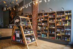 The 5 Best Craft Beer Stores in Pittsburgh - PintoPin Craft Beer Shop, Craft Beer Gifts, Gag Gifts, Wine Shop Interior, Craft Beer Wedding, Beer Store, Liquor Store, Bar A Vin, Best Craft Beers