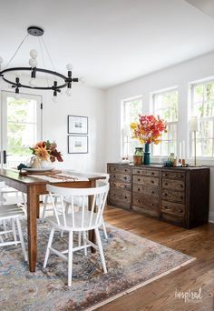 Fall Decorating in My Dining Room #fall #decor #decorating #diningroom #styling Pitchers Of Flowers, White Russian Cocktail, Black Bowl, Vintage Sideboard, Fall Candles, Trim Color, Vintage Chairs, Wood Cabinets, Autumn Inspiration