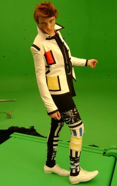 """Elly Jackson of La Roux on the set of """"Bulletproof"""". The video turned out great."""