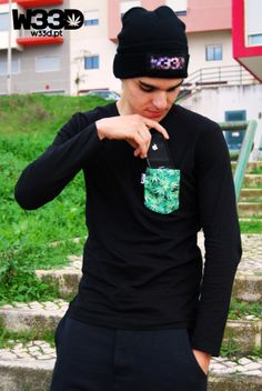 Longsleeve Pocket Full of Weed and Galaxy W33D Beanie #W33D