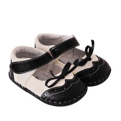 """Caroch   Grace   Baby Soft Soles The sweet """"Grace"""" mary jane style baby girls shoes in Black and White with bow detail."""