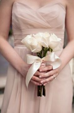 Art Love The Bridesmaid Color And Simple Bouquet Combination Very Blush Wedding Ideas