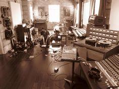 Show Us Your Studio - 2012 - Page 10 - Gearslutz.com