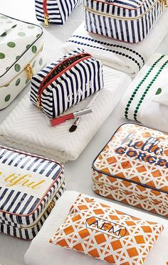 Loving these pretty make-up bags