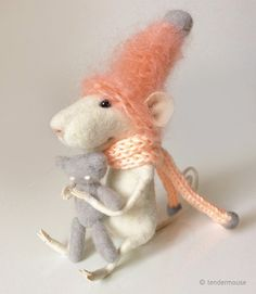 Felted miniature felted mouse needle animal by TenderMouse on Etsy. Its made by a wonderful thick mohair yarn. Sublime MELON color ! ❤️
